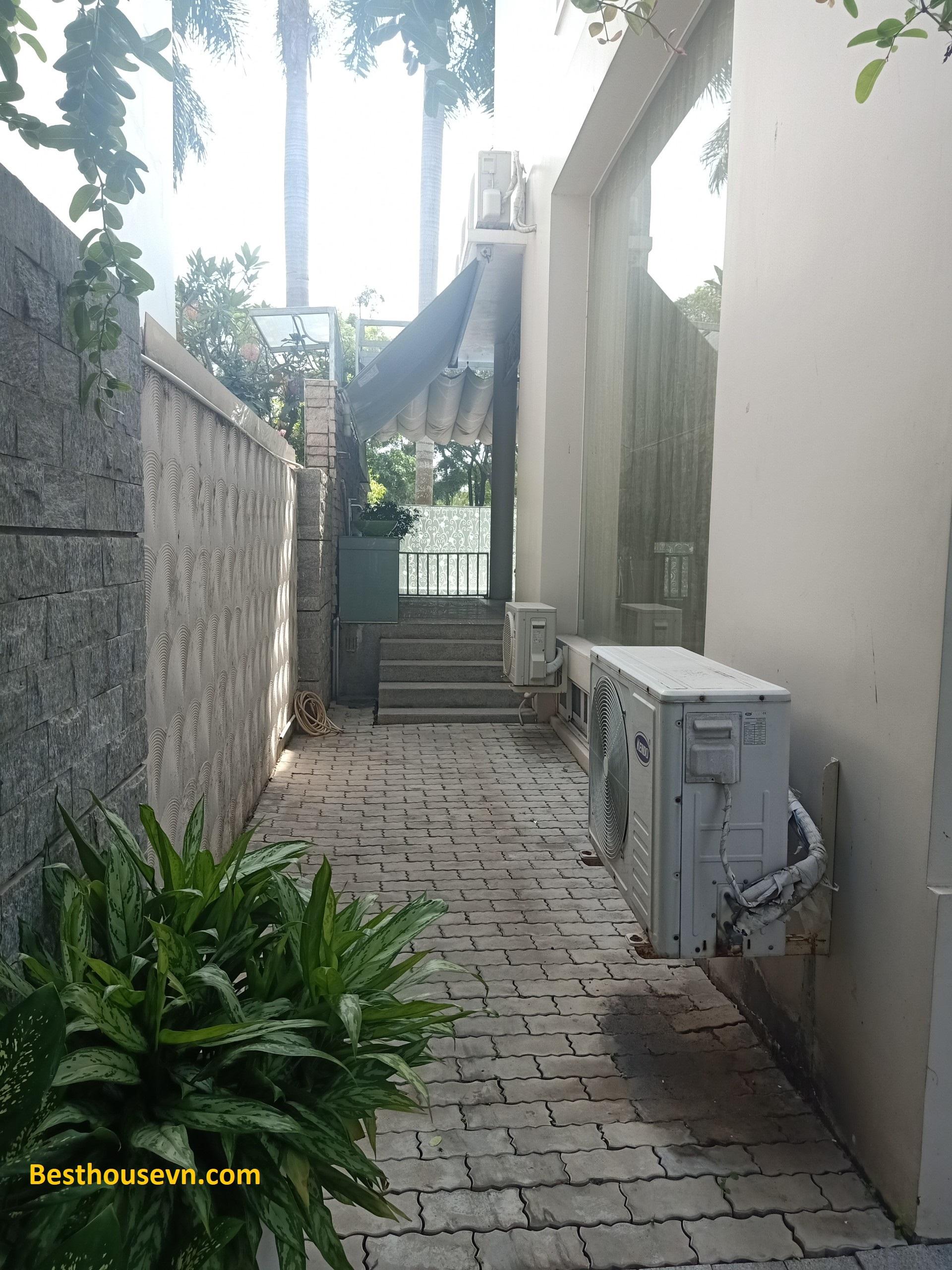 Nam-Thong-Villa-for-rent-in-phu-my-hung-nam-thong