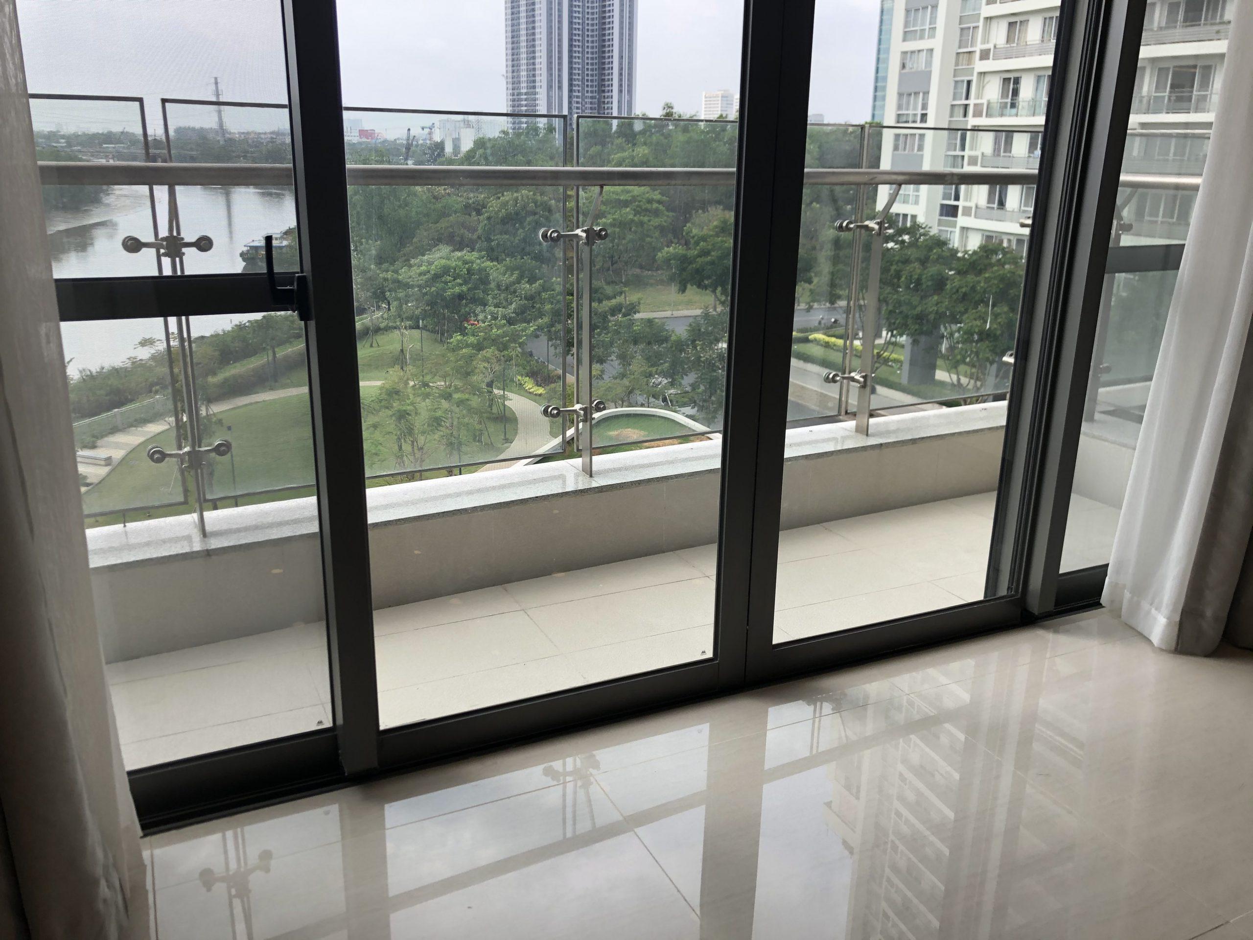 basic-furnished-in-riverpark-premier-for-rent