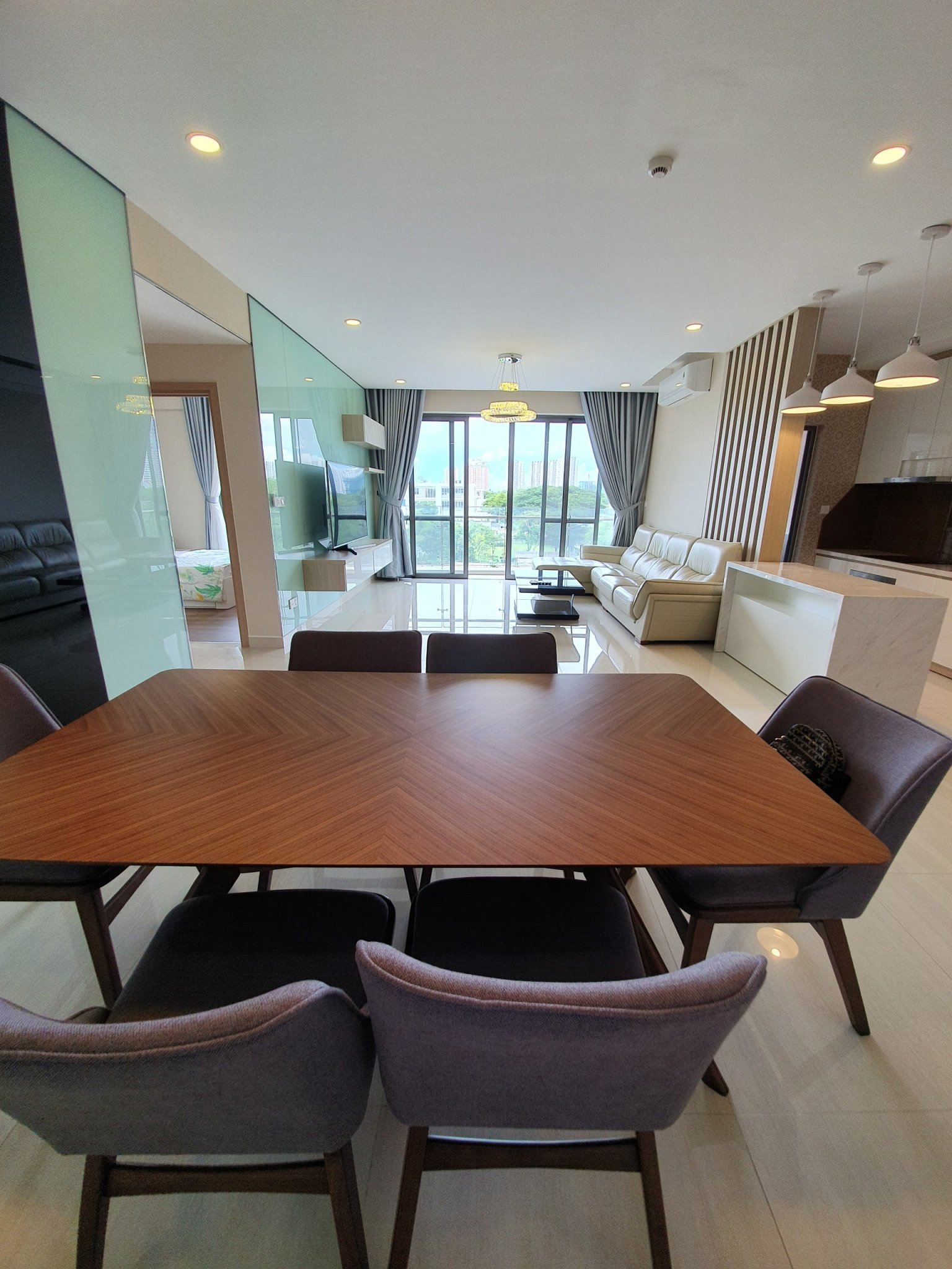 nice-apartment-for-rent-in river-park premier-phu-my-hung-district- 7