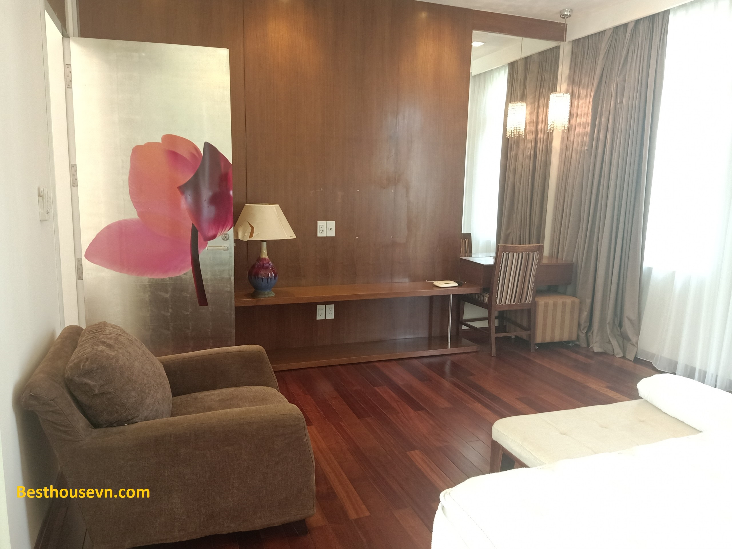 swimming-pool-Villa-for-rent-in-phu-my-hung-5