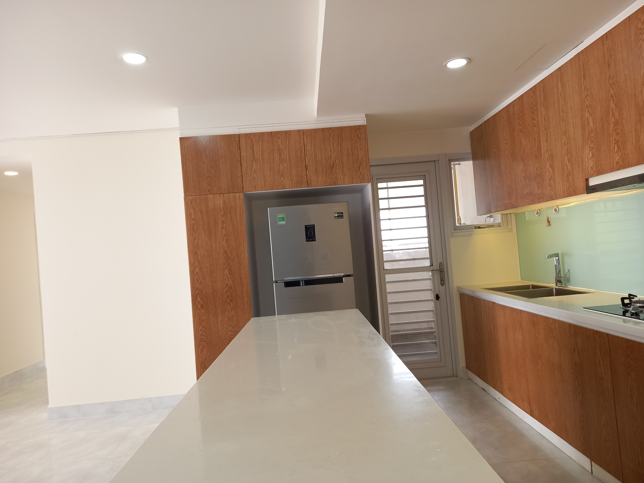 Happy Valley 135sqm with 1100$ in District 7
