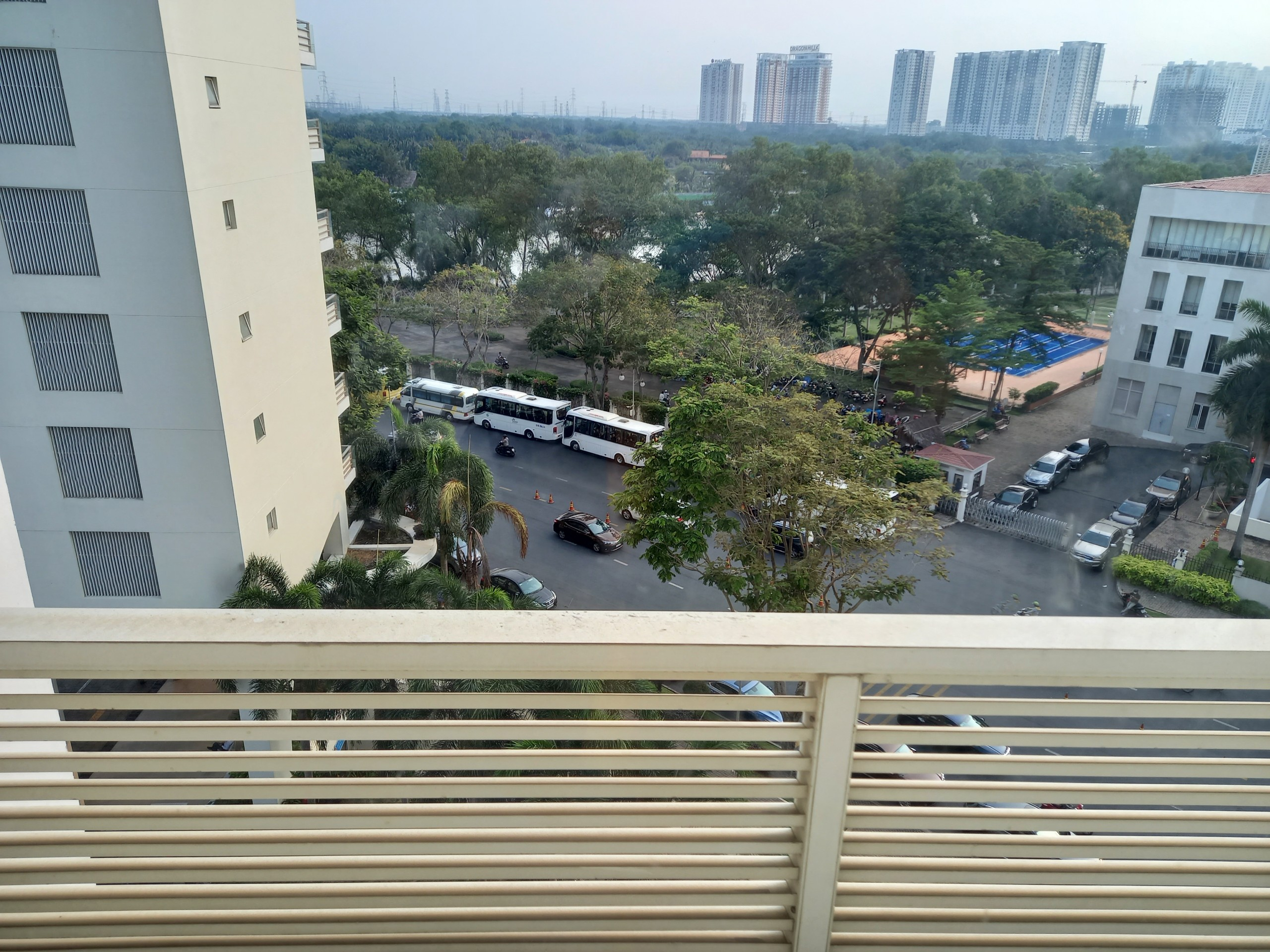No option apartment for rent near SSIS school