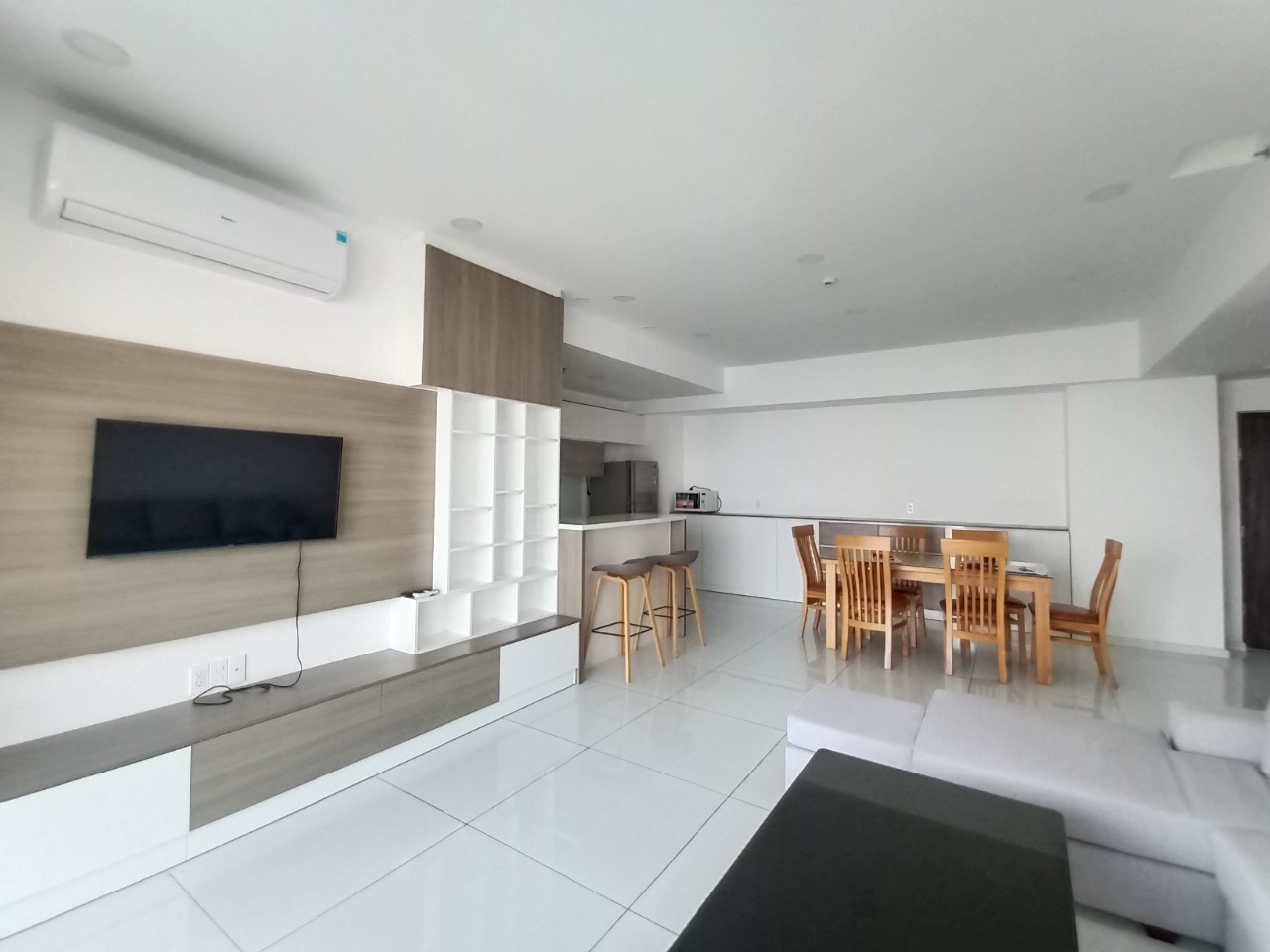 3-bedrooms-for-rent-in-green-valley-apartment (4)