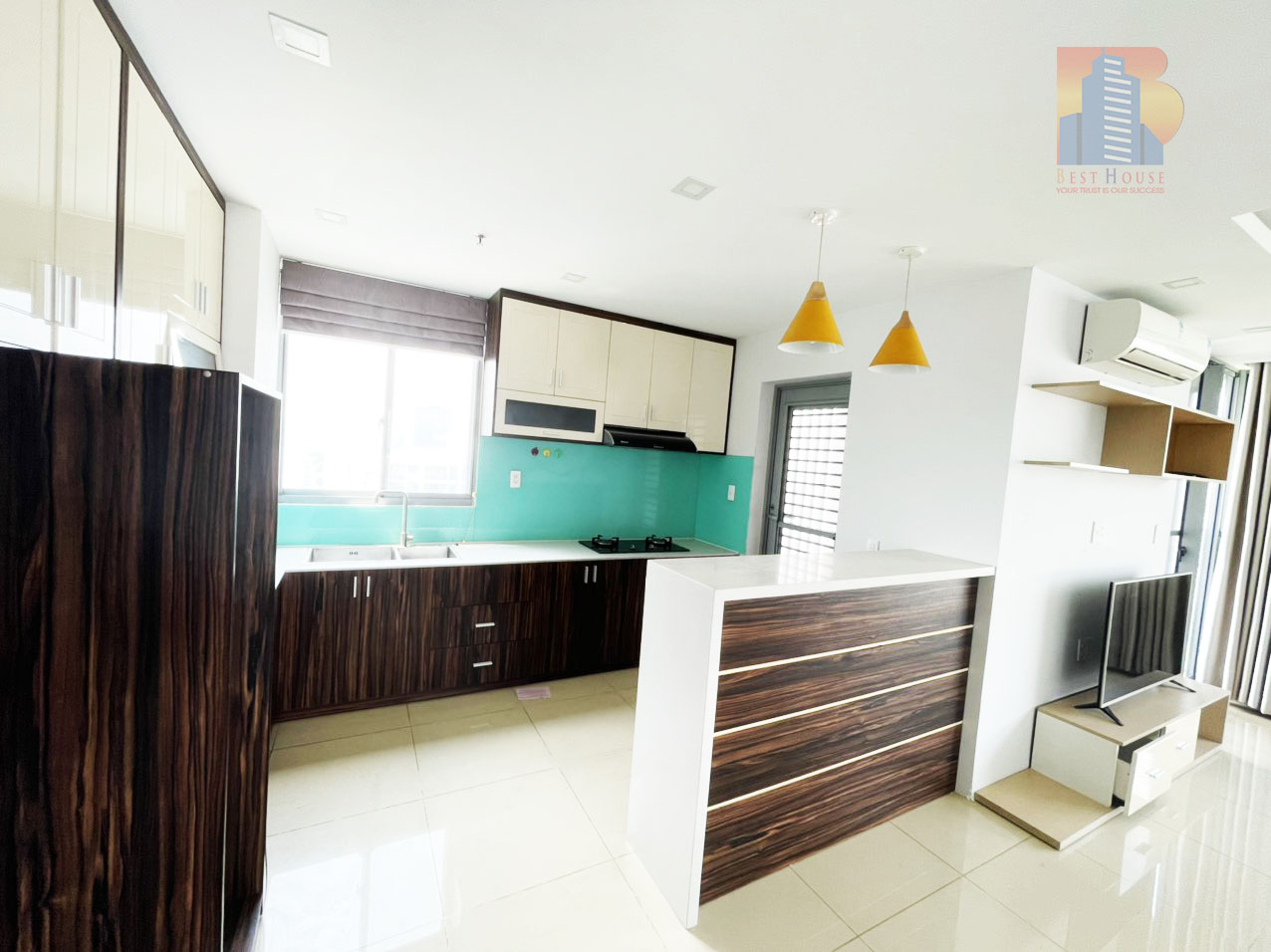Green Valley golf view and corner apartment for rent