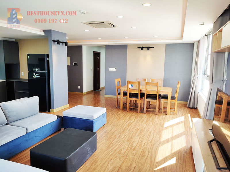 Green Valley corner apartment for rent