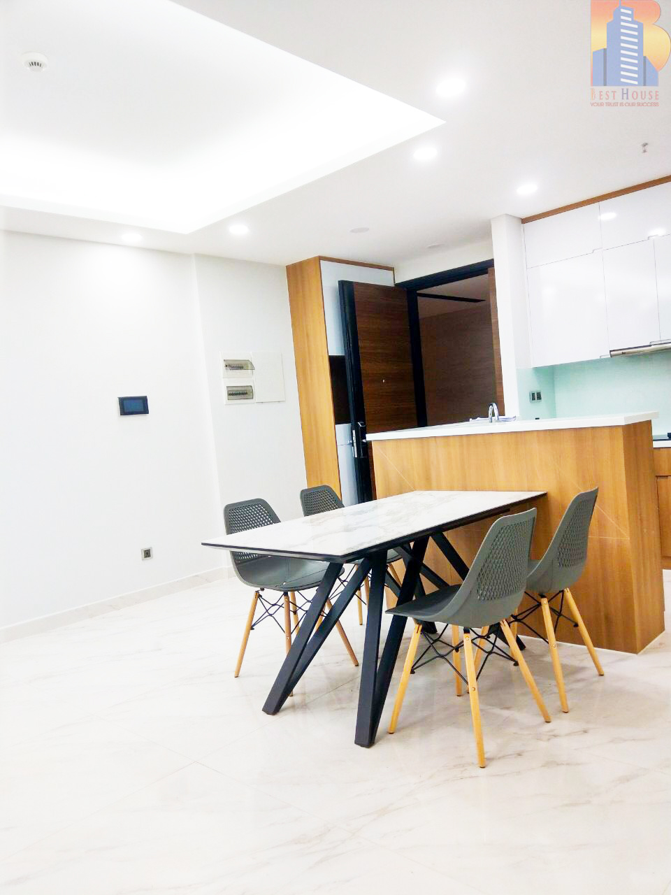 Urban Hill nice apartment 3 bedrooms for rent
